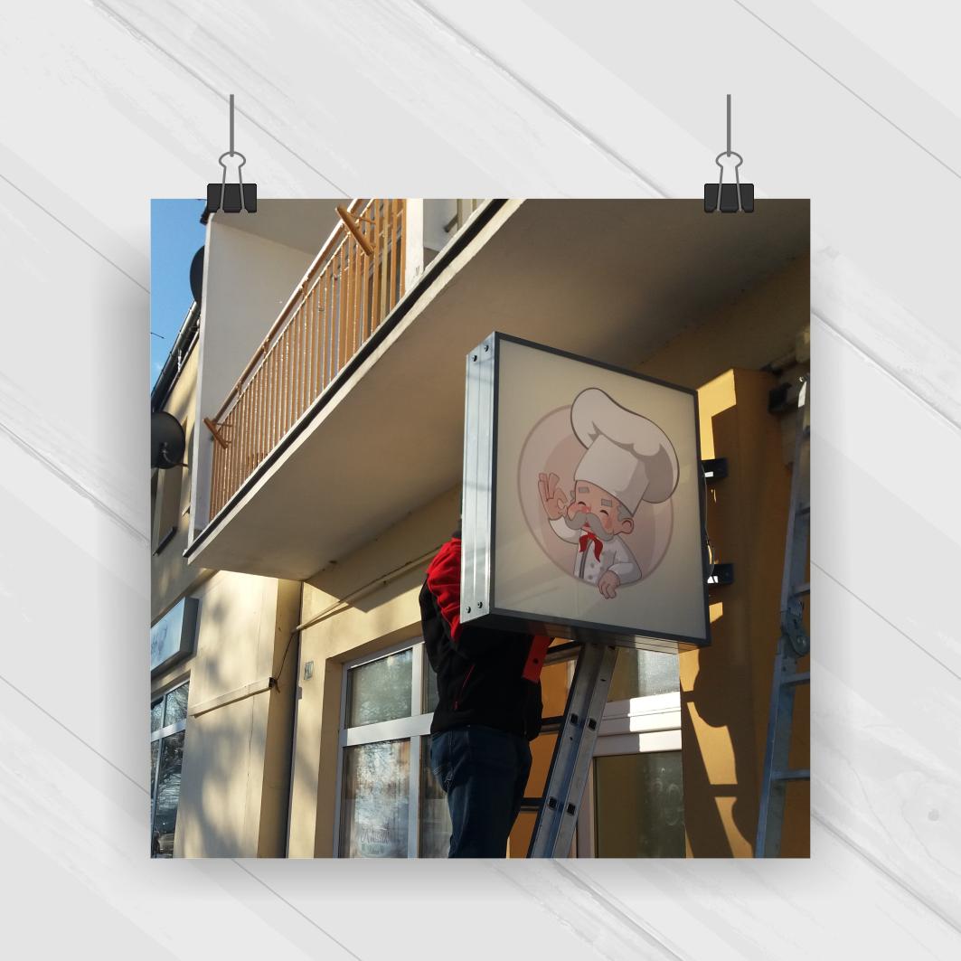 Projekt & Druk & Montaż - kaseton podświetlany 0,8x0,8 m